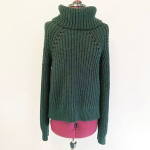 Kendall & Kylie | Chunky Knit Turtleneck Sweater